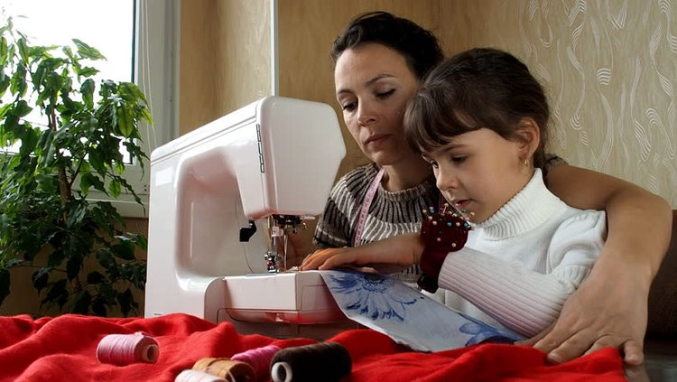 mother daughter sewing