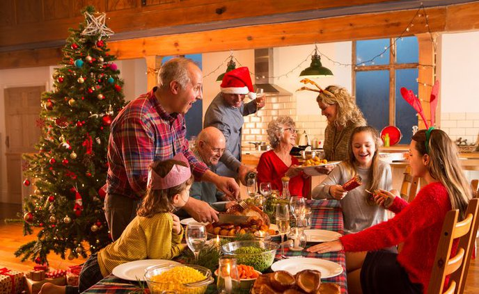 christmas-with-big-family-724x445.jpg
